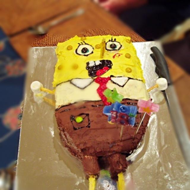 レシピとお料理がひらめくSnapDish - 6件のもぐもぐ - Spongebob Squarepants Cake - Vanilla cake with vanilla and chocolate butter cream by kipper's kitchen