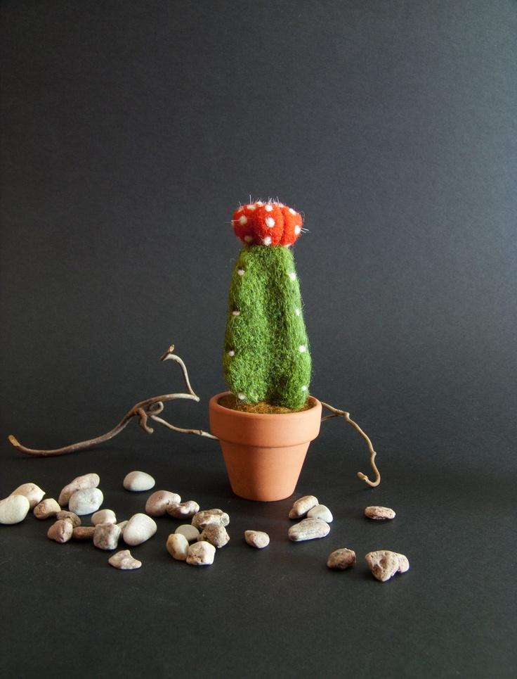 Needle Felted Cactus - Felt Pincushion