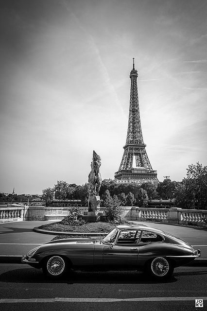 I'm in love with this Jaguar E Type and the setting is just beautiful- just imagine cruising around Paris in that Jag = perfection!