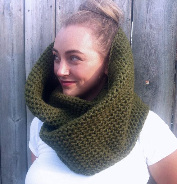 Vegan Chunky Cowl Infinity Scarf / OLIVE / by ZiemaCraft on Etsy