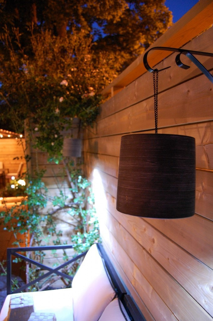 Super good tutorial how to make outdoor lamps everything purchased at dollar store total