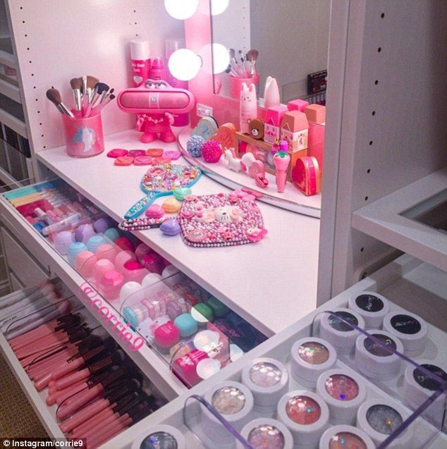 Corrie9's meticulous organisation skills are essential to keep her huge makeup collection in check