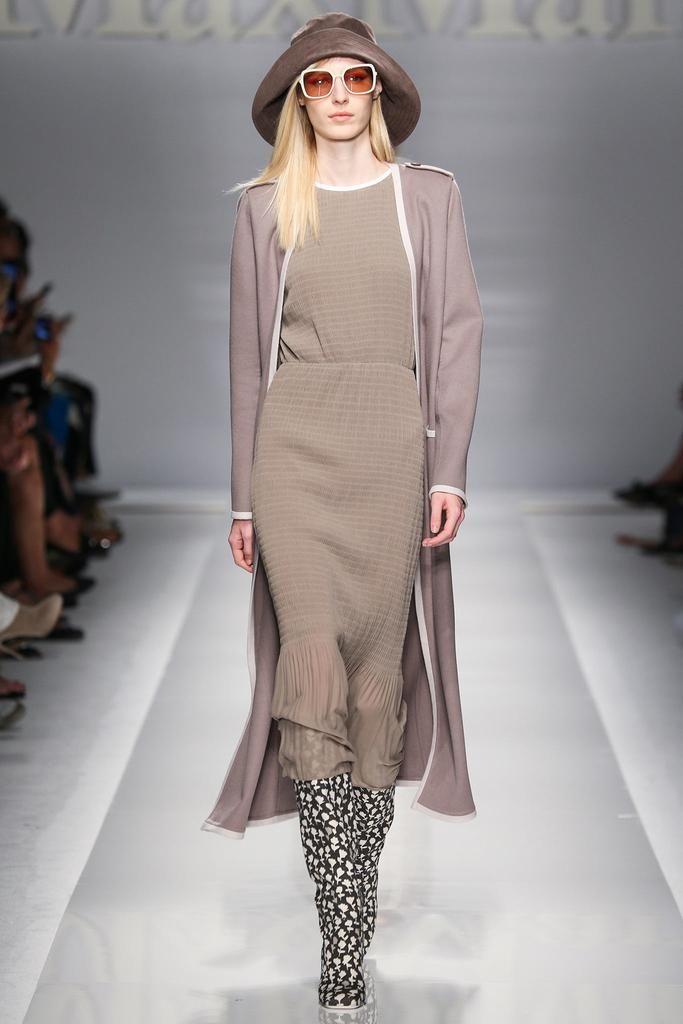 Max Mara Spring 2015 Ready-to-Wear