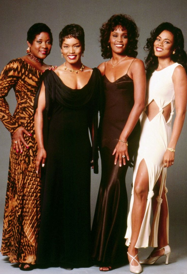 Beautiful Queens From L-R: Loretta Devine, Angela Bassett, Whitney Houston, and Lela Rochon