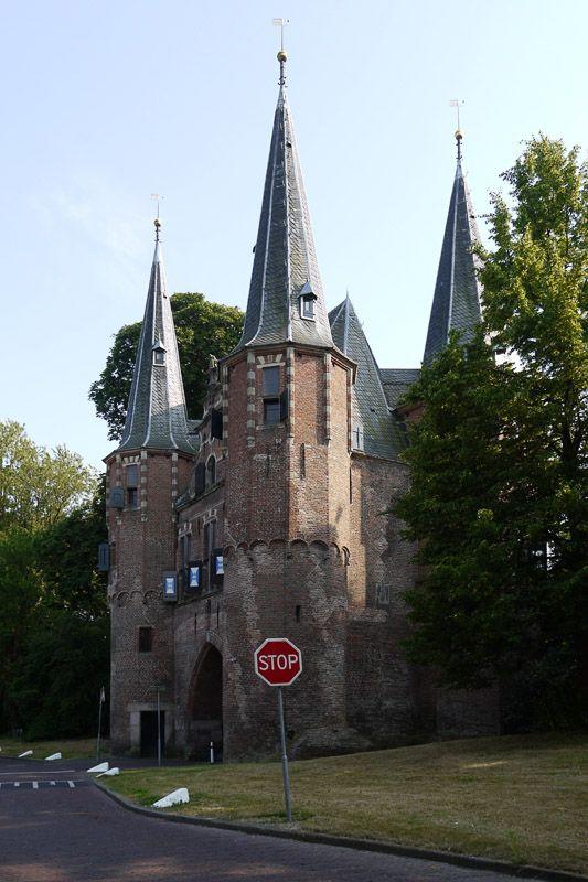Кампен, старые ворота. Голландия.