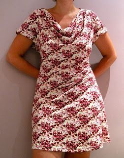 Eva dress (link to free pattern is on this page), exaggerated picture long explanation