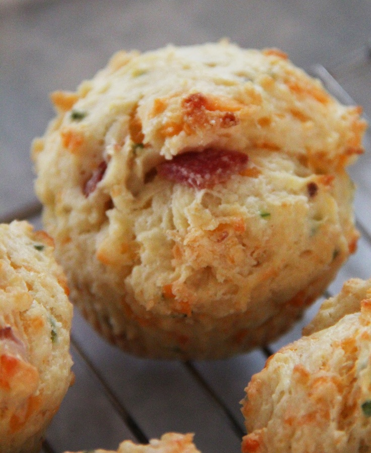 Bacon, Cheddar & Chive Muffins | Gourmet In Me | Pinterest