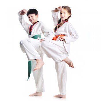 El Tae-kwon-do ofrece beneficios físicos y espirituales que contribuirán en el proceso formativo del niño y de la niña.