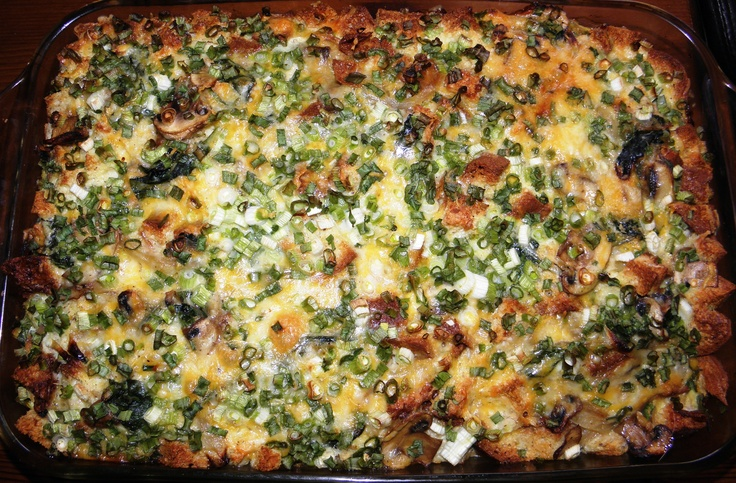 Here is a wonderful gluten free casserole classic that can be eaten for any meal and great for a potluck.  GF strata.  http://buenprovechoenjoyyourfoodglutenfree.blogspot.com/2013/01/gluten-free-stratas.html
