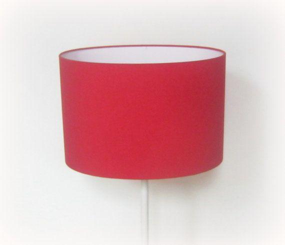 Retrouvez cet article dans ma boutique Etsy https://www.etsy.com/fr/listing/488041807/abat-jour-ovale-30-x-21-cm-uni-rouge  #rouge #uni #luminaires #déco #décoration #abat-jour #madeinfrance #artisanat #Lille