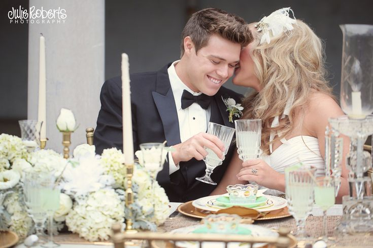Mint and Gold wedding.  by Julie Roberts Photography. http://www.thebridelink.com/blog/2013/03/19/mint-and-gold-wedding-from-julie-roberts-photography/