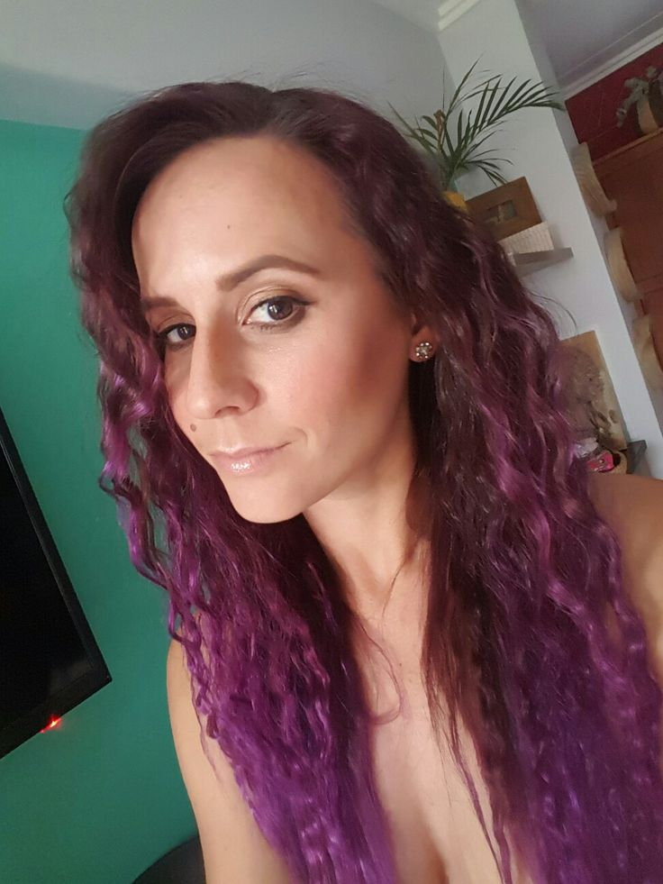 Purple Ombre or Mermaid Hair if you will. Love this curly crimped hair look