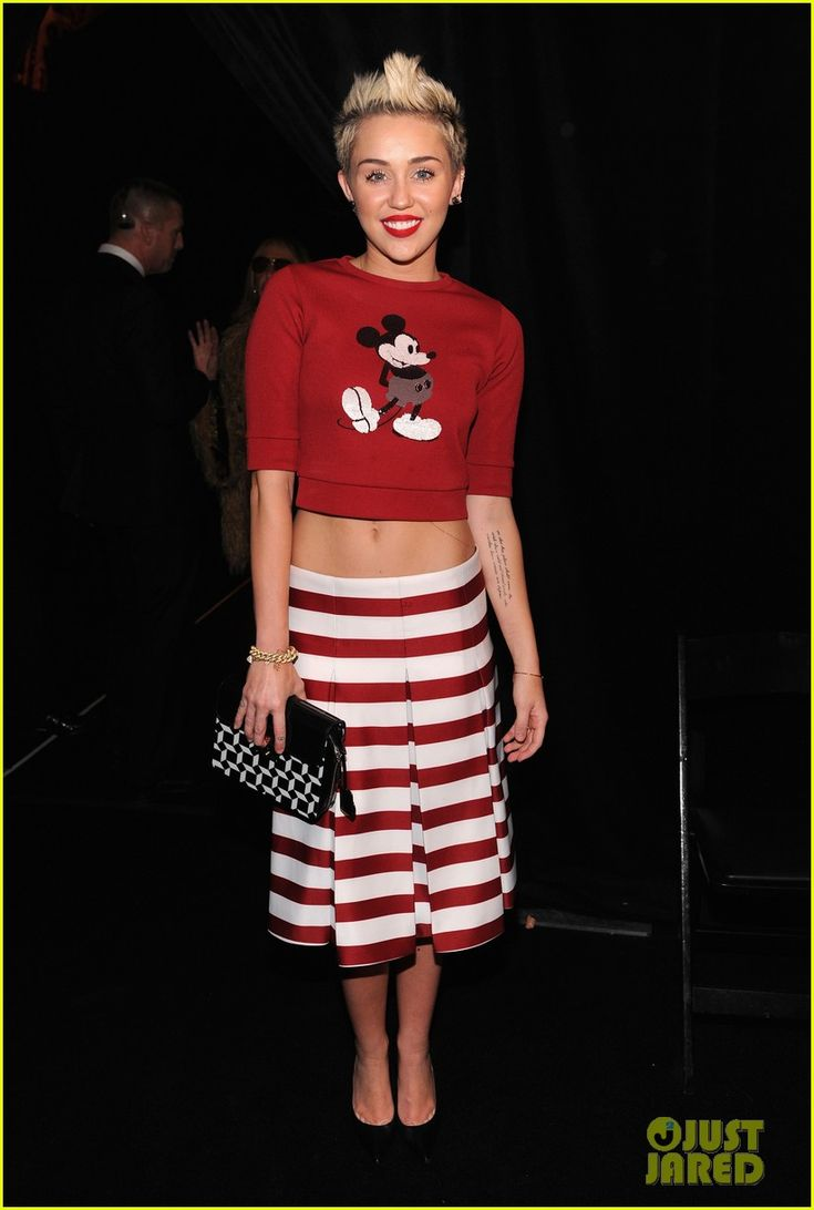 Miley Cyrus at marc jacobs fashion show