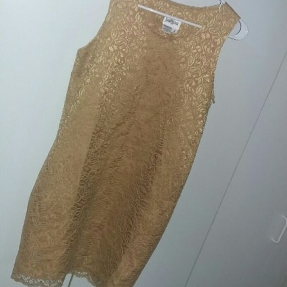 NEIMAN MARCUS Gold Cocktail LaceOverlay Breathtaking details. Mint condition. Polyester. Neiman Marcus Dresses