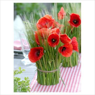 1000 images about poppy flower wedding theme on pinterest flower wedding cakes and poppies. Black Bedroom Furniture Sets. Home Design Ideas
