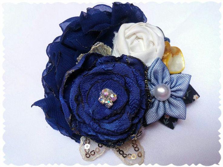 Flower bunch blue series
