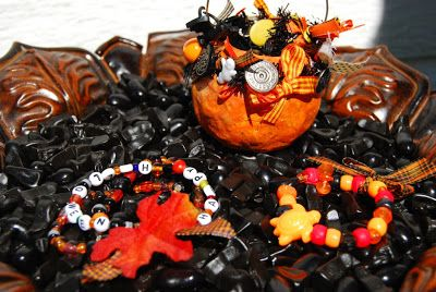 Halloween craft  jewelry making Halloween Jewelry Craft Ideas