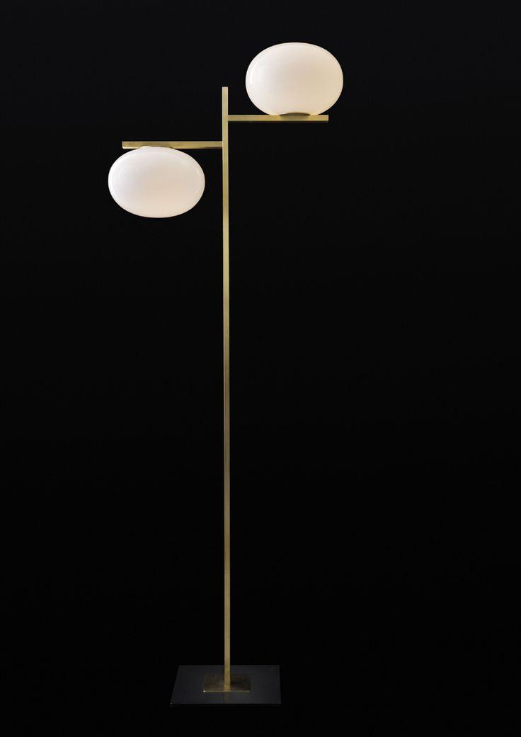 Mariana Pellegrino Soto, lampada da terra Alba disegnata per Oluce