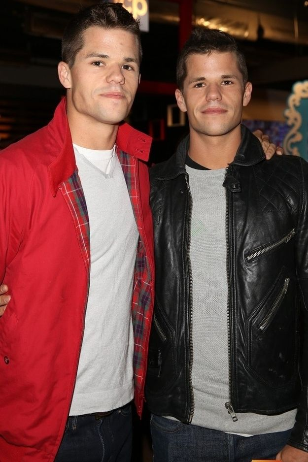 My desperate housewives obsession was solidified by the Scavo twins growing up into THESE boys! I'm in loveeeeeeeee
