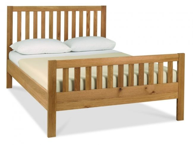 Kendal Oak 150 cm Kingsize High Footend Bedstead is durable and majestic bedroom collection. Read more http://solidwoodfurniture.co/product-details-oak-furnitures-4068--kendal-oak-cm-kingsize-high-footend-bedstead.html
