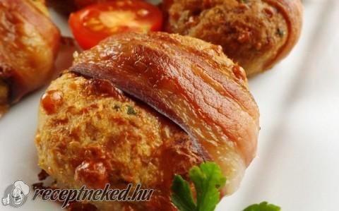 Sajtos fasírtgolyók baconbe tekerve recept fotóval