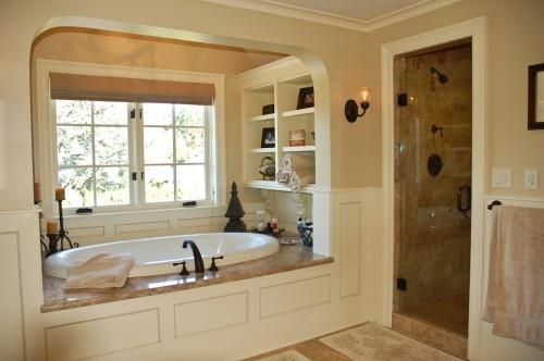Bathroom shelving: Moon Design, Tubs, Built In, Dreams Bathroom, Shower, Bathroom Ideas, Traditional Bathroom, Master Bath, Bathroom Shelves