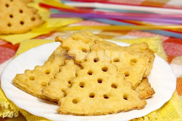 Печенье крекеры с сыром