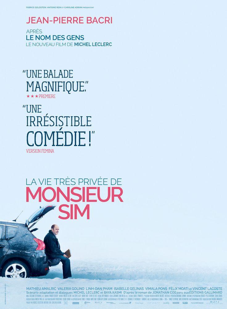 La Vie très privée de Monsieur Sim est un film de Michel Leclerc avec Jean-Pierre Bacri, Mathieu Amalric. Synopsis : Monsieur Sim n'a aucun intérêt. C'est du moins ce qu'il pense de lui-même. Sa femme l'a quitté, son boulot l'a quitté et lorsqu'il part voir son père