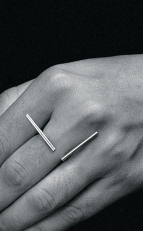 Minimalistic Ring by Thelma Aviani Joalheria
