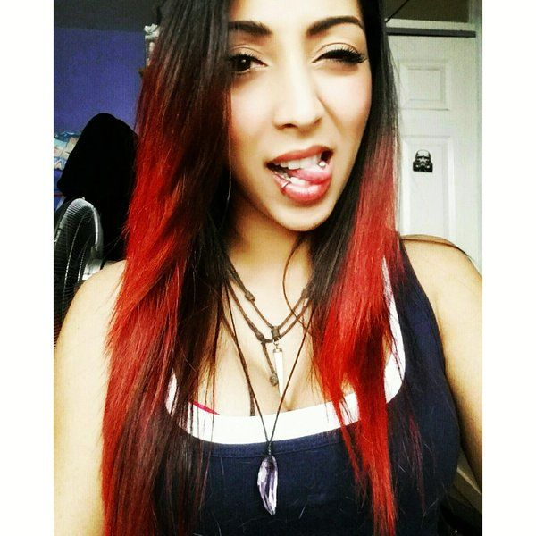 Heroes of the Storm Streamer.  She's from United Kingdom.  Nice Red hair. Username: CyborgAngel