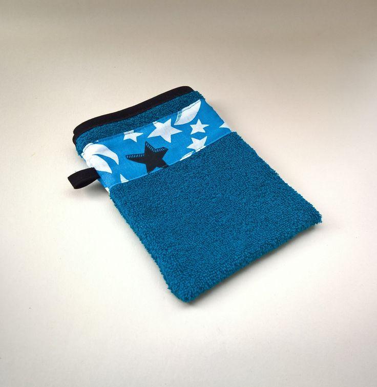 Gant de toilette en éponge bleu : Puériculture par les-creations-de-julie72