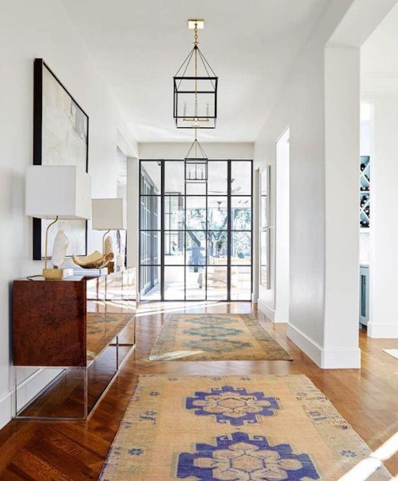 Squeeze Some Style With These Small Hallway Interior: Best 25+ Entrance Ideas On Pinterest
