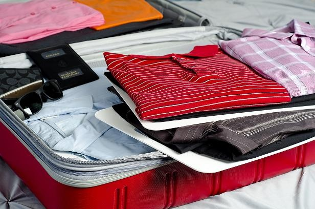 packing a luggage suitcase has never been easier. Layer, separate and easy to find your clothes. Pack your clothes by the day,color, or style.