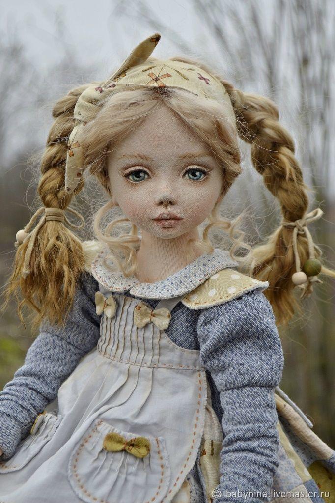 Коллекционные куклы ручной работы. Крупеничка.Текстильная кукла. ТЕКСТИЛЬНЫЕ МАЛЫШКИ от Лойи. Интернет-магазин Ярмарка Мастеров. Печворк