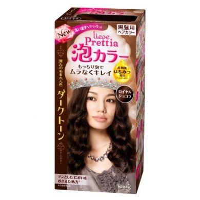Kao Liese Bubble Hair Color is a new type of permanent hair dye that comes in a foam form. Traditional hair dyes require you to section off your hair for even application, but this foam hair dye is easily massaged throughout your it. The foam reaches all over the head easily so you can achieve beautiful, evenly colored hair faster!