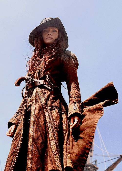 """Clara Paget as Anne Bonny in Black Sails: Season 4 (2017). """
