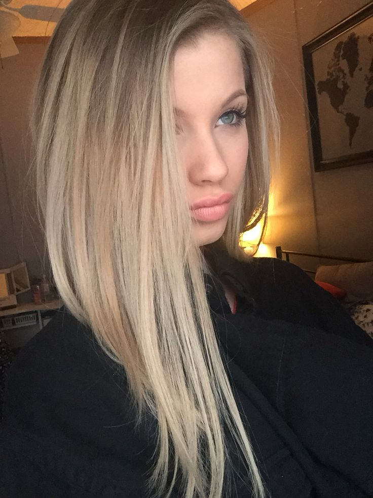 how to make hair blonder naturally