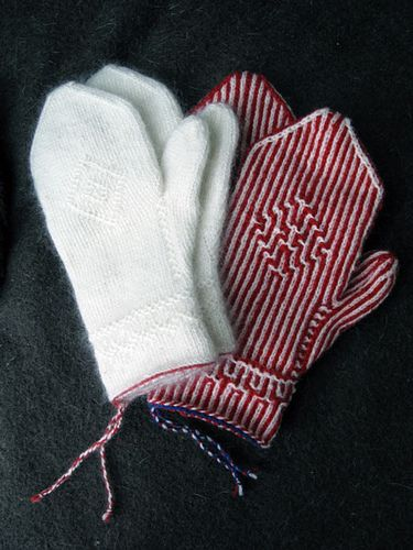 Ravelry: CarlaM's Twined Knitting mittens, white and striped