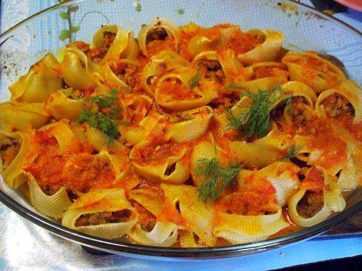 Фаршированные ракушки с острым томатным соусом - для любителей простых, но…