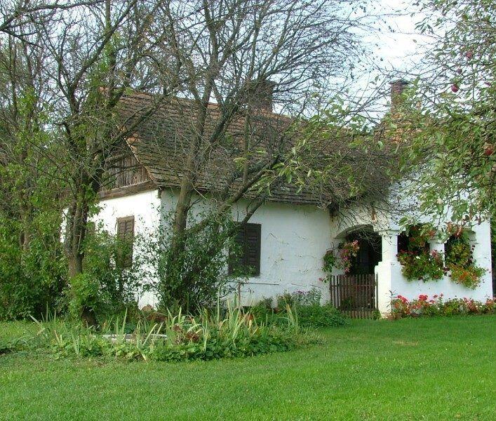 Hungarian peasant house
