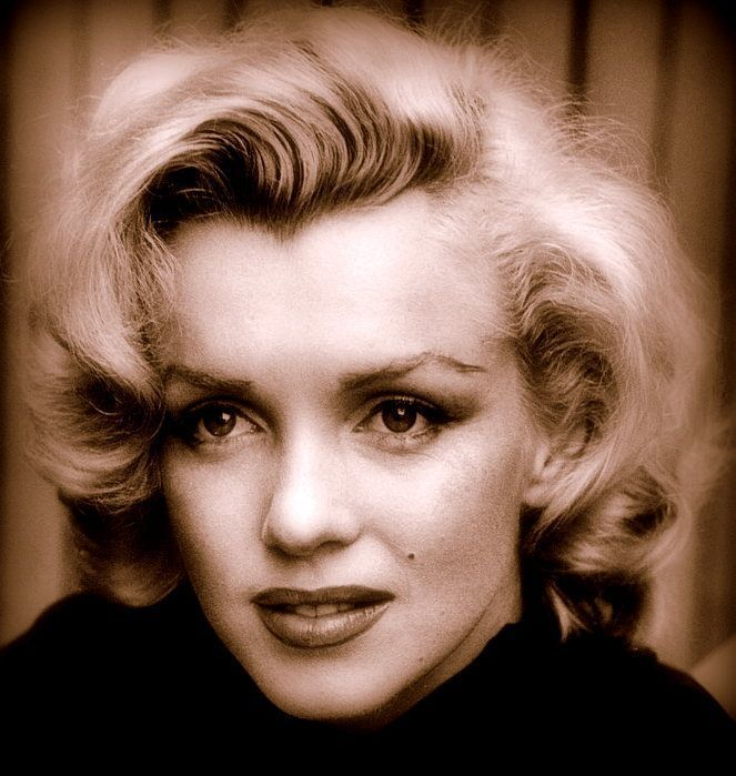 Peinados Marilyn Monroe (1)