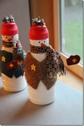 Creamer Bottle Snowman - Recycle old creamer bottles ! This is a fun green craft that looks adorable!