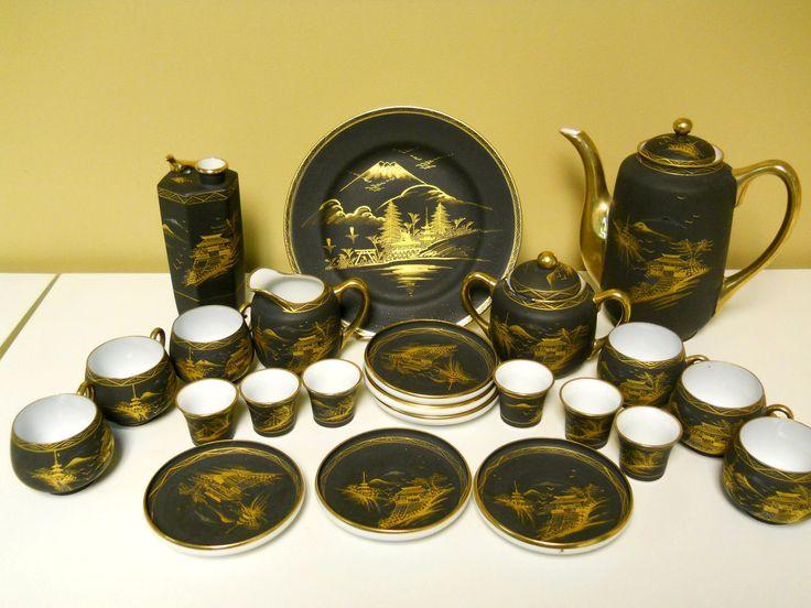 Shuzan Fukiyaki Japanese Black Gilded Gold Porcelain Mt Fuji Teapot Tea Set Sake Tea Sets