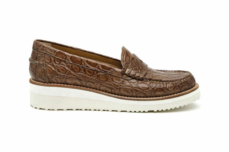 Santoni | #mocassin in crocodile http://santonishoes.com/it/mocassino-58301.html