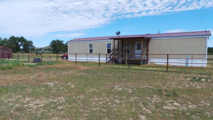 3 Bdrm, 2 Bath Mobile Home w/ Horse Acreage - Worden MT Rentals - Horse Acreage with this 3 Bedroom, 2 Bath single wide mobile home east of Worden. New paint throughout, new roof, pictures with new laminate flooring throughout are coming. Master bedroom has its own bathroom, very clean and quiet location, country ... | Pets: Not Allowed | Rent: $900.00 per month | Call Broken Arrow Ranch at 406-672-3722
