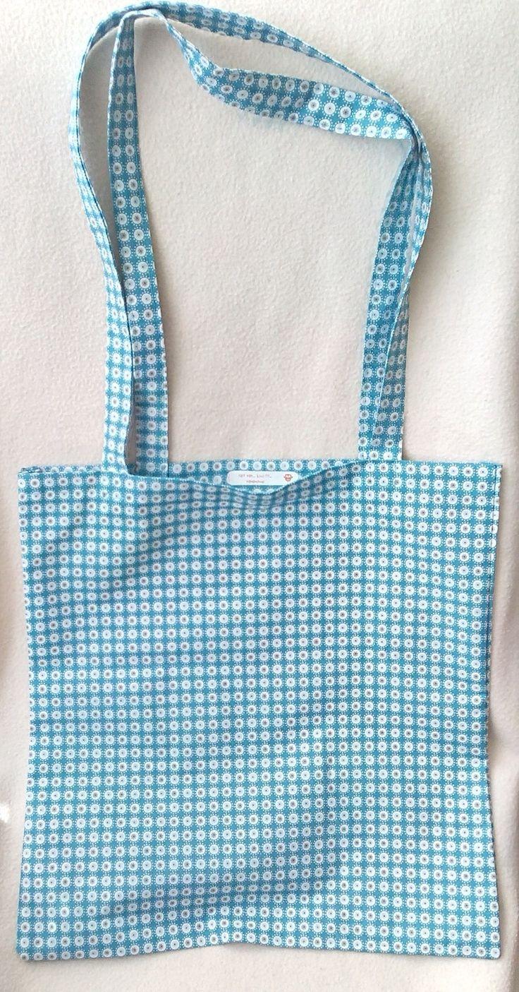 Sac tissu avec sa pochette de rangement. : Autres sacs par pamamoune