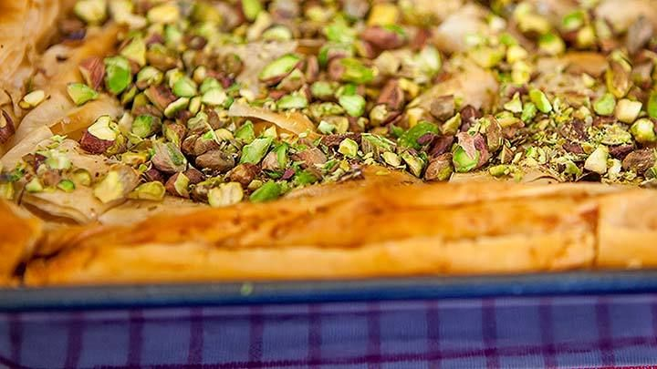 Ricotta Fillo Pastry Slice - Everyday Gourmet with Justine Schofield