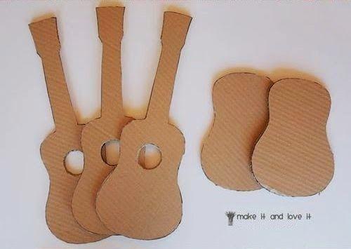 Kerajinan Tangan Dari Kardus - Membuat Gitar Mainan 1