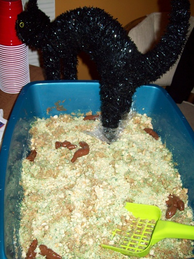 Litter Box Cake So Crazy Its Cool Pinterest Cakes