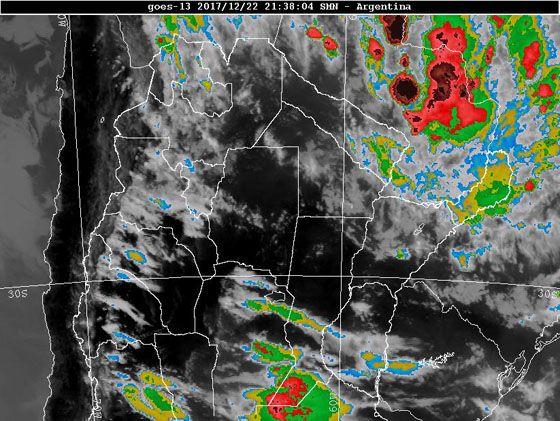 Tormentas, algunas localmente fuertes, anuncia el Servicio Meteorológico Nacional para la provincia del Chaco. La zona de cobertura se amplía a gran parte de NEA y NOA.
